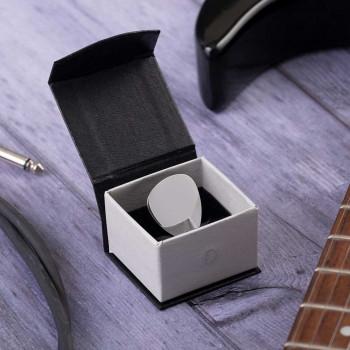 Blank Plectrum in Magnetic Box