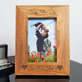 """Personalised Fathers Day Hearts 4""""x6"""" Oak Photo Frame"""
